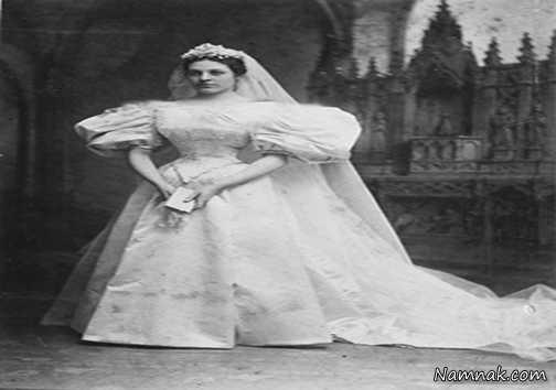 """نمناک سرگرمیگوناگون """"لباس عروس قدیمی"""" با قدمت ۱۲۰ ساله + تصاویر """"لباس عروس قدیمی"""" با قدمت ۱۲۰ ساله + تصاویر """"لباس عروس قدیمی"""" که حدود ۱۲۰ سال پیش دوخته شده است.این لباس عروسی قدیمی ۱۱ نسل از یک خاندان را به خانه بخت فرستاد و تنها یکبار شسته شده است ! بازدید : ۷,۰۴۵ نفر […]"""
