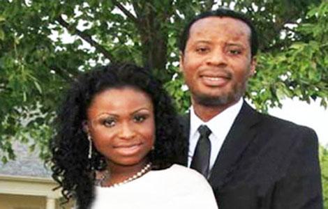 ازدواج شرمآور زنی با پسر ۲۳ سالهاش برکو زن ۴۰ ساله اهل زیمبابوه در کمال ناباوری قصد دارد با پسر ۲۳ ساله خود ازدواج کند. این زن و پسرش ادعا میکنند که شدیدا عاشق یکدیگر هستند. خانم برکو ۱۲ سال است که همسرش را از دست داده و به همراه پسر ش زندگی میکند. این […]