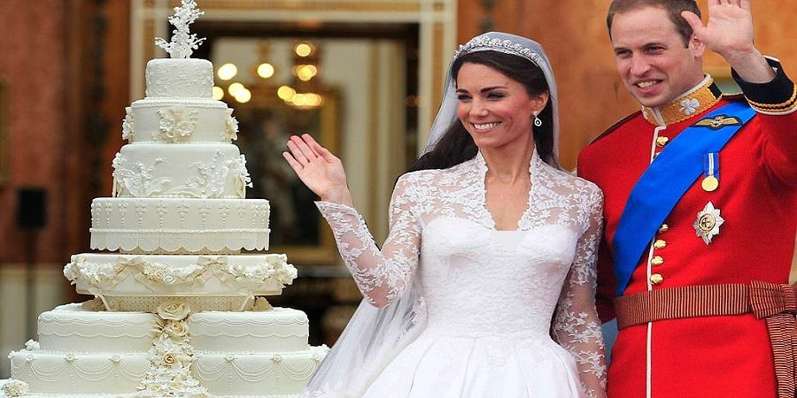 نگاهی به جالبترین کیک های عروسی خاندانهای سلطنتی گلریز برهمندیکشنبه، ۳۰ اردیبهشت چهره ها دانستنی ها یک نظر http://rzto.ir/y72 مراسم عروسی خاندان های سلطنتی بسیار پر هزینه هستند. برای مثال هزینه ی مراسم عروسی پرنس هری و مگان مارکل ۴۵ میلیون دلار برآورد شده است. و البته کیک های این مراسم ها هم از این […]