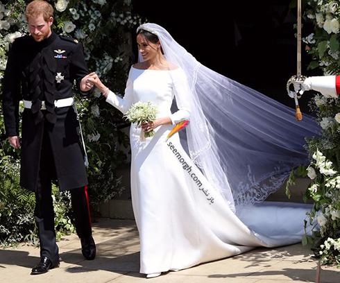 مراسم عروسی مگان مارکل:برند کفش، لباس عروس، کیک و جواهرات  دیروز مراسم عروسی مگان مارکل و پرنس هری بسیار باشکوه برگزار شد. در این مقاله جزئیات بیشتری از این مراسم عروسی، شامل برند کفش، لباس عروس، جواهرات و کیک عروسی مگان مارکل را برای شما گردآوری کرده ایم. جزئیات کامللباسعروسی، کیک، جواهرات و کفش […]